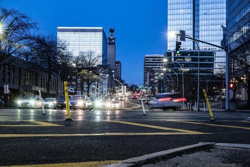 【新闻图片】昕诺飞与纽约州电力管理局合作,计划将该州50万套智能路灯接入网络-2.jpg