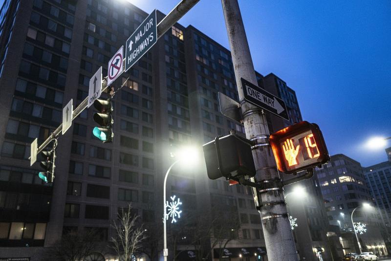【新闻图片】昕诺飞与纽约州电力管理局合作,计划将该州50万套智能路灯接入网络-3.jpg