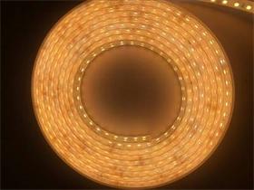 LED硅胶挤出一体灯带