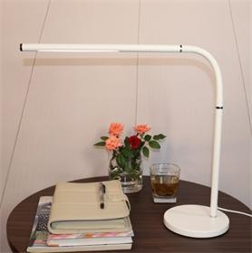 LED节能金属护眼台灯阅读办公学习  三色温触摸调光台灯